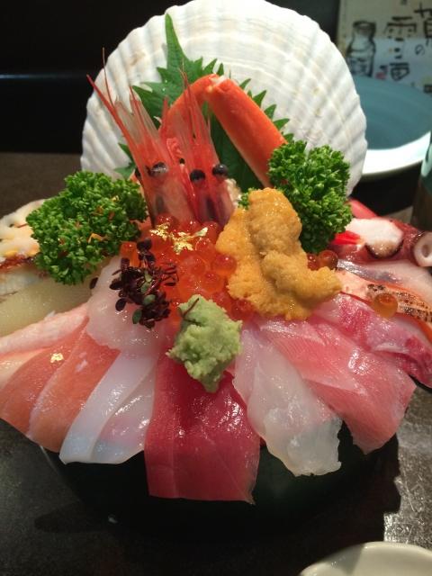 近江町市場の海鮮丼が有名